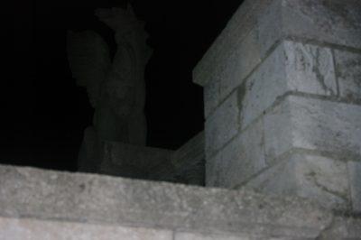 ночной страж митридатовой лестницы