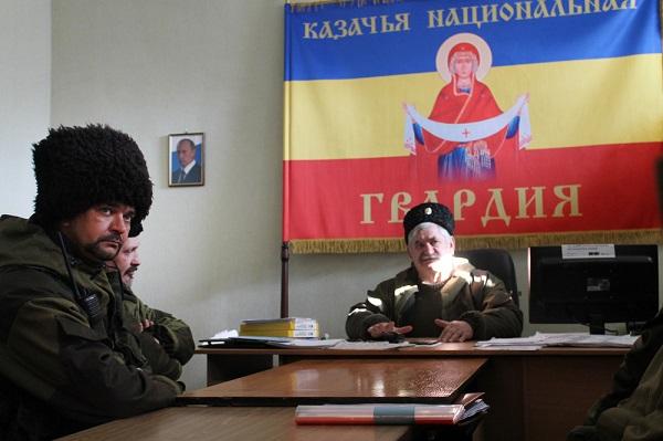 novosti-novorossii-armiya-rf-massovo-vyvozit-kazakov-iz-lnr-v-rf-a-v-dnr-derutsya-kadyrovcy-i-mestnye-boeviki_1