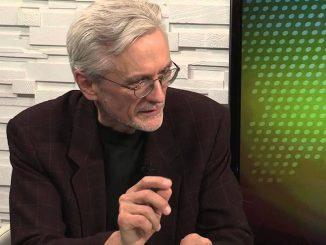 Профессор политологии Ратгерского университета в Ньюарке, американский историк, писатель и художник украинского происхождения Александр Мотыль